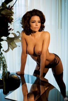 lisa-rinna-nude-pictures-006