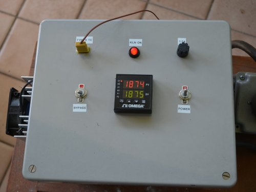 small resolution of the kiln controller in operation