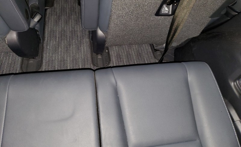Tesla Model Y Third Row Seats Look Like a Tight Squeeze ...
