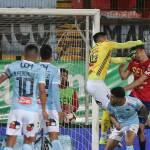 O'Higgins venció por 1-0 con gol en los minutos finales a Unión Española y sueña con el Chile 3