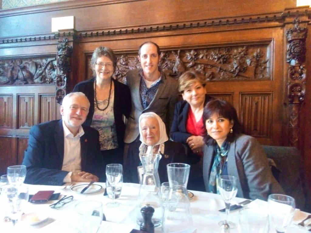 Nora Cortiñas meets Jeremy Corbyn
