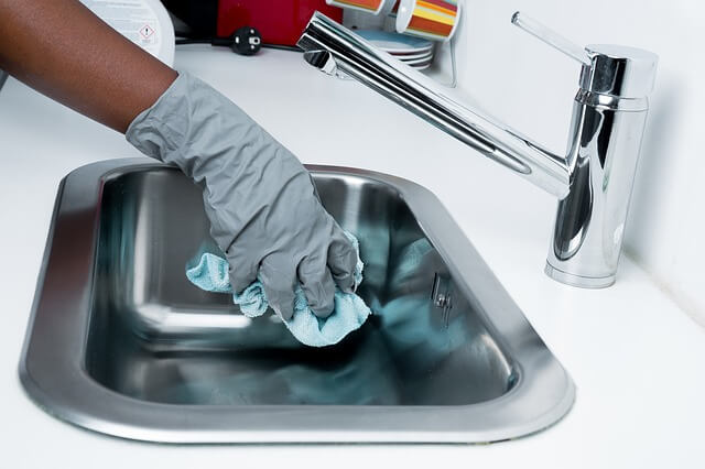 Κόψε το ποτό και άρχισε να καθαρίζεις