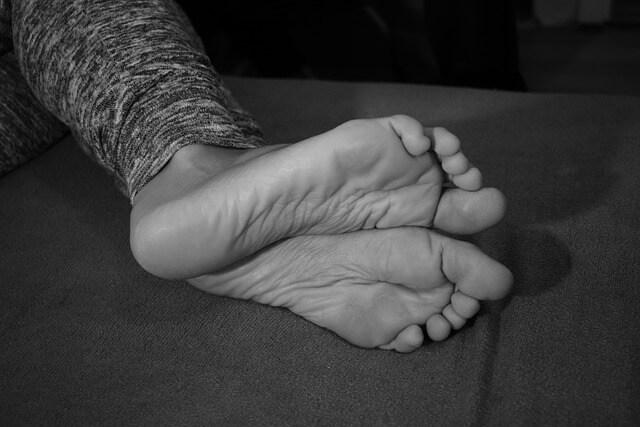 Για τα πόδια που ιδρώνουν, υπάρχει κόλπο