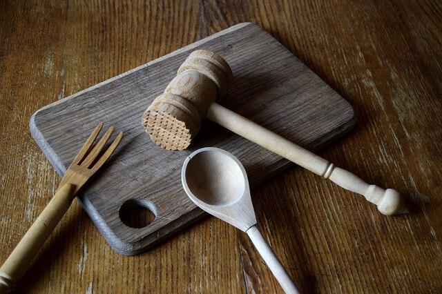 Μυρωδιά στα ξύλινα κουζινικά