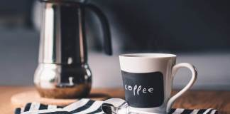 Λεκές τσαγιού ή καφέ