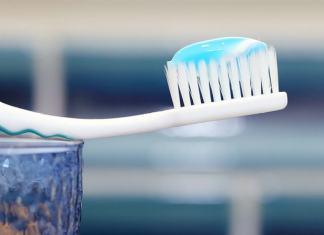 Τονωτική οδοντόπαστα