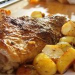 Αρνί στο φούρνο με πατάτες