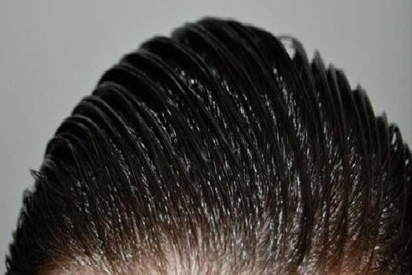Κόλπο για τα λιπαρά μαλλιά
