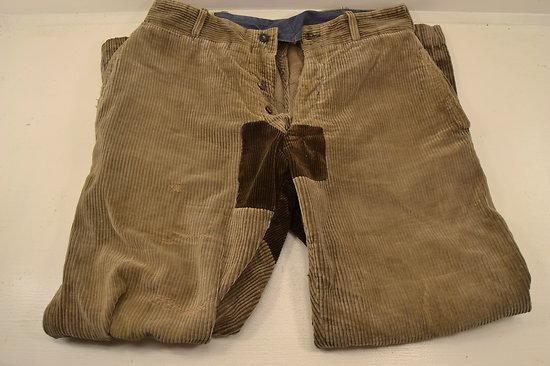 Κοτλέ παντελόνι στο πλυντήριο