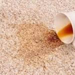 Λεκές τσαγιού ή καφέ στη μοκέτα