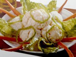 Σαλάτα με κουνουπίδι βραστό