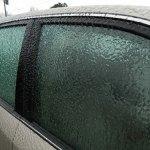 Πάγος στα τζάμια του αυτοκινήτου