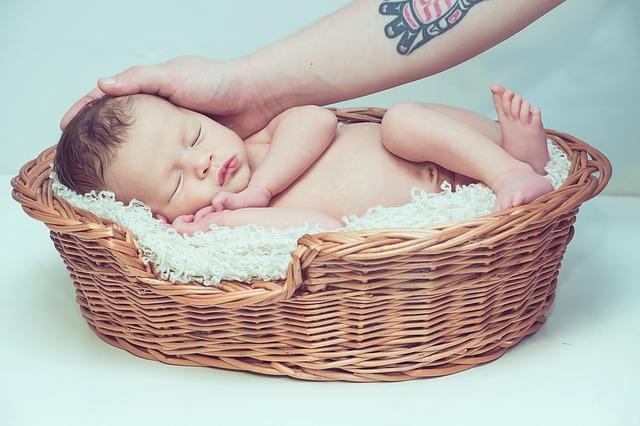 Πως θα σταματήσεις τον λόξιγκα του μωρού
