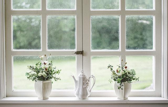 Πως πλένουμε το πλαίσιο γύρω από το παράθυρο