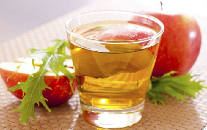 φτιάχνουμε χαλαρωτικό τσάι με φλούδια μήλου