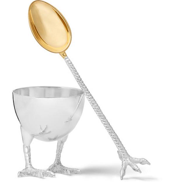 Πως θα καθαρίσεις το αβγό που έμεινε στο ασημένιο κουταλάκι