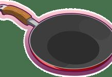 Καθαρίζουμε το τηγάνι από τους λεκέδες