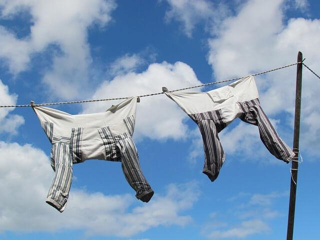 Αν πλύνεις πουκάμισα στο πλυντήριο, θυμήσου κι αυτό