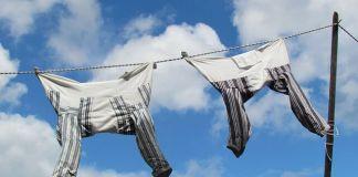 Αν πλύνεις τα πουκάμισα στο πλυντήριο