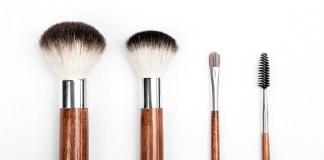 Οργάνωσε τα είδη μακιγιάζ