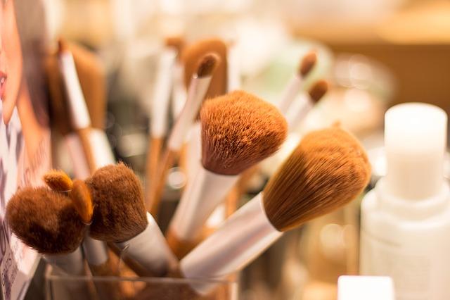Οργανώστε τα είδη για το μακιγιάζ