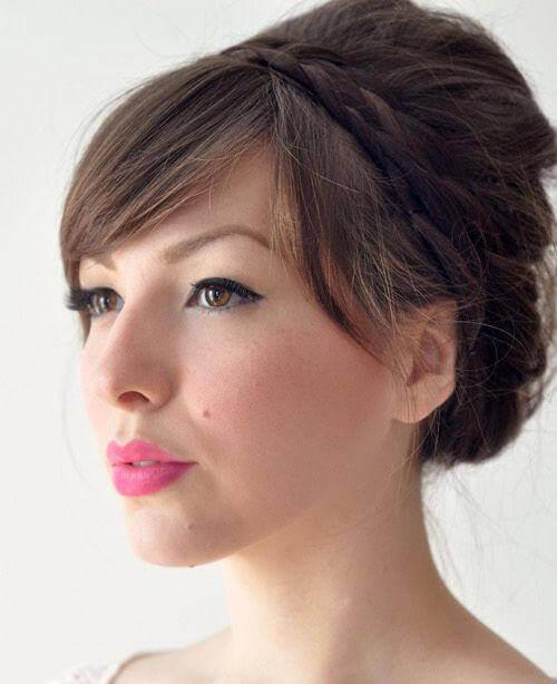 Ένα υπέροχο χτένισμα για μακρύ μαλλί – με οδηγίες