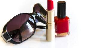 Για το σκληρό lipstick