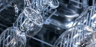 Για να μη θαμπώνουν τα ποτήρια