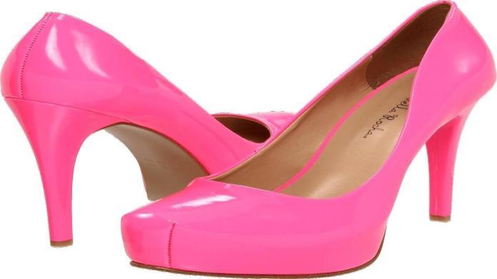Πως θα γυαλίσεις τα παπούτσια χωρίς γυαλιστικό
