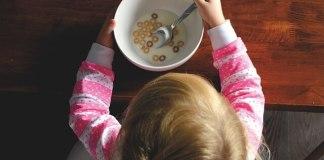 Πως θα καθαρίσεις του λεκέδες από βρεφικές τροφές