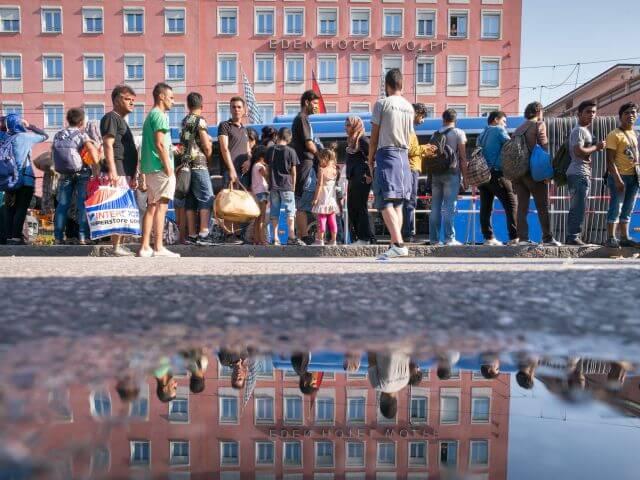 Η Πορτογαλία Κατοχυρώνει  όλους τους μετανάστες ως την 1η Ιουλίου