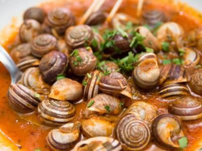 Σαλιγκάρια με σάλτσα