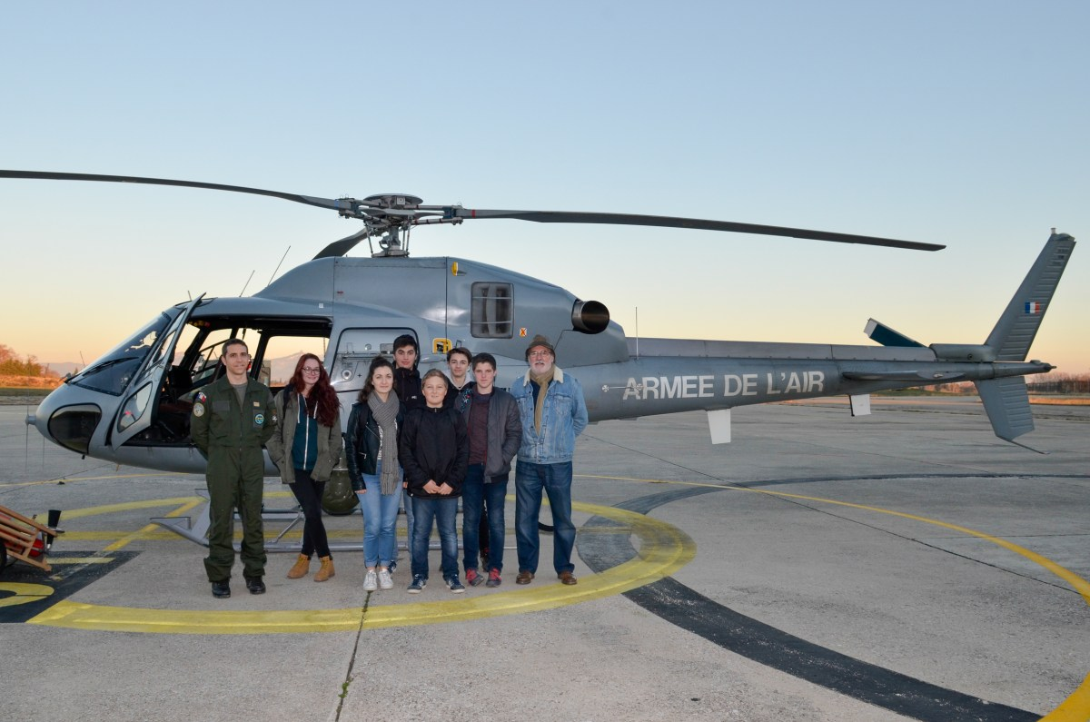 Les B.I.A. en visite sur la base d'Orange