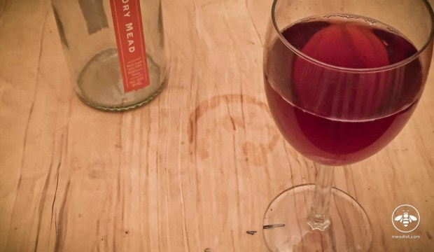 Hydromel kir mead cocktail recipe