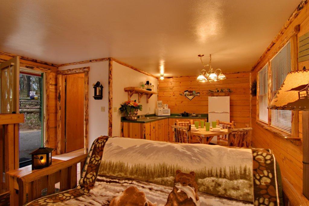lg kitchen suite drawer cabinet base mountaineer - meadowbrook resort in wisconsin dells ...