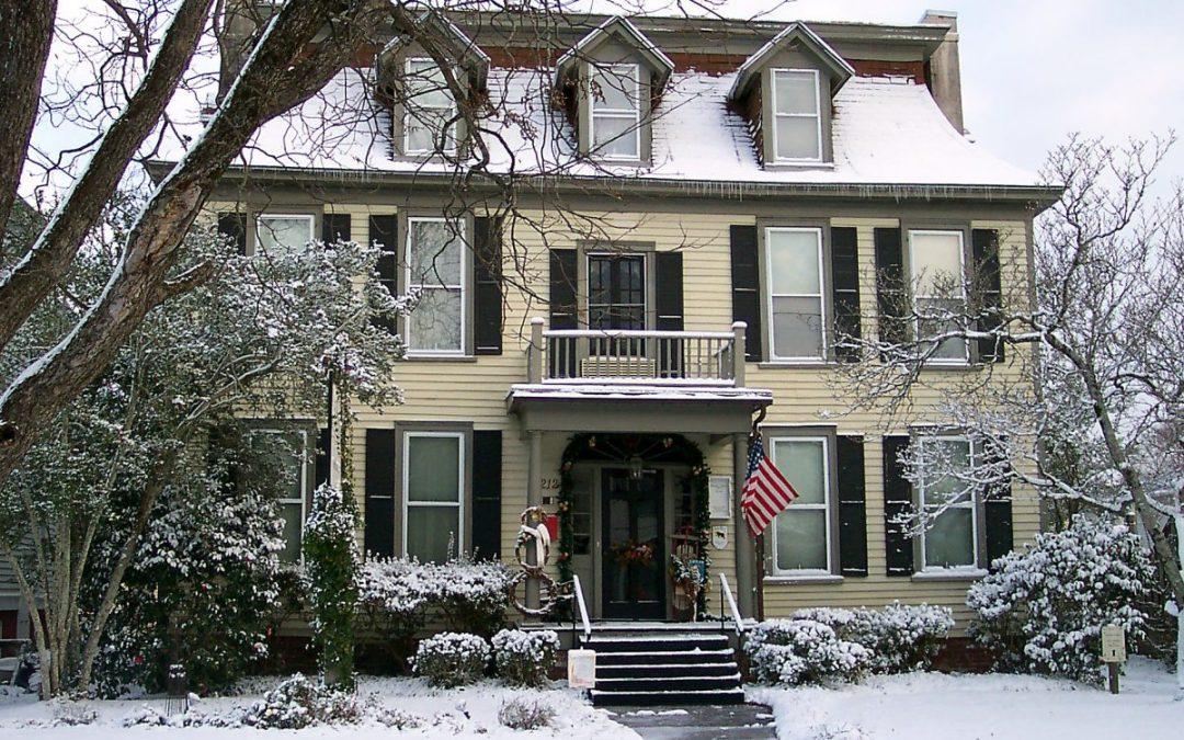 WINTER WEEKEND SPECIAL !  Meadows Inn