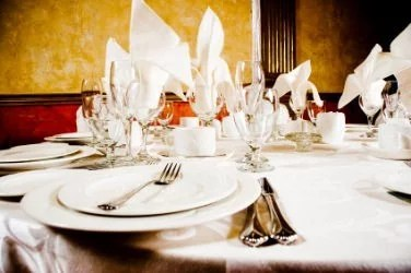 Tableware party rentals available from Meadowvale Party Rentals