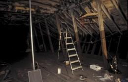 Setting up the radio mast, Independent studios, Glasgow, 2000