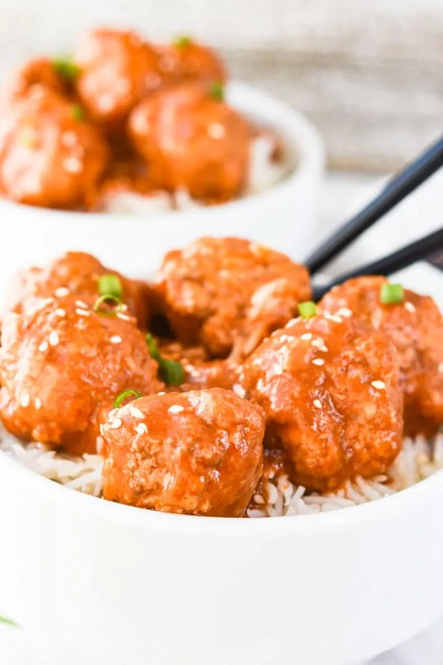 Instant-Pot-Sweet-and-Sour-Meatballs-with-rice-2