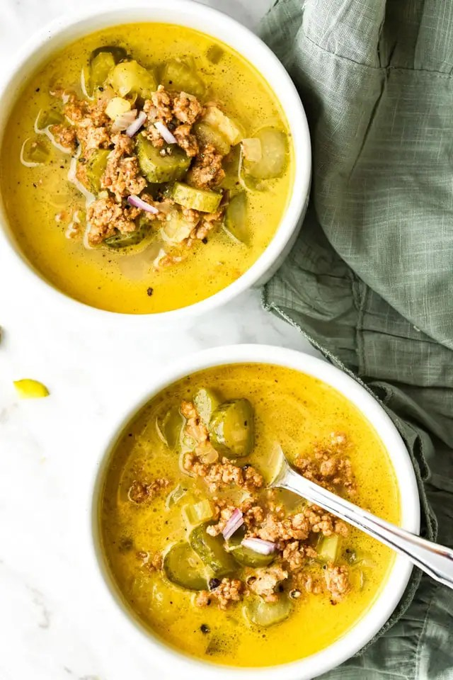 Healthy-Dill-icious Cheesburger Soup2