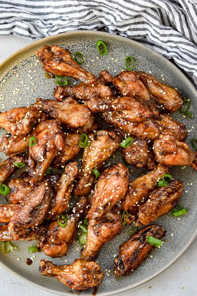 Air fryer wings on a plate