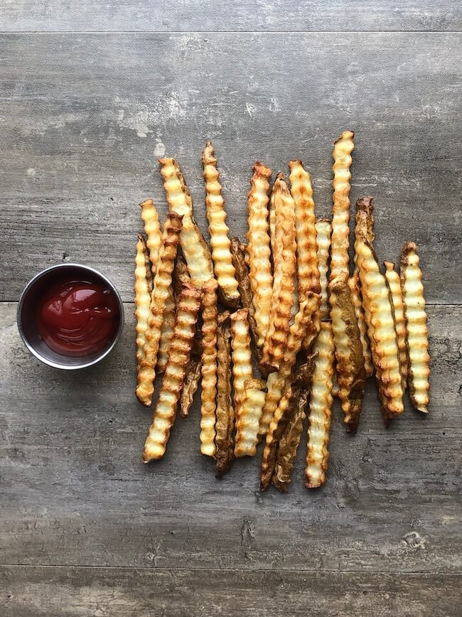 Read more about the article Air Fryer Crinkle Cut Fries