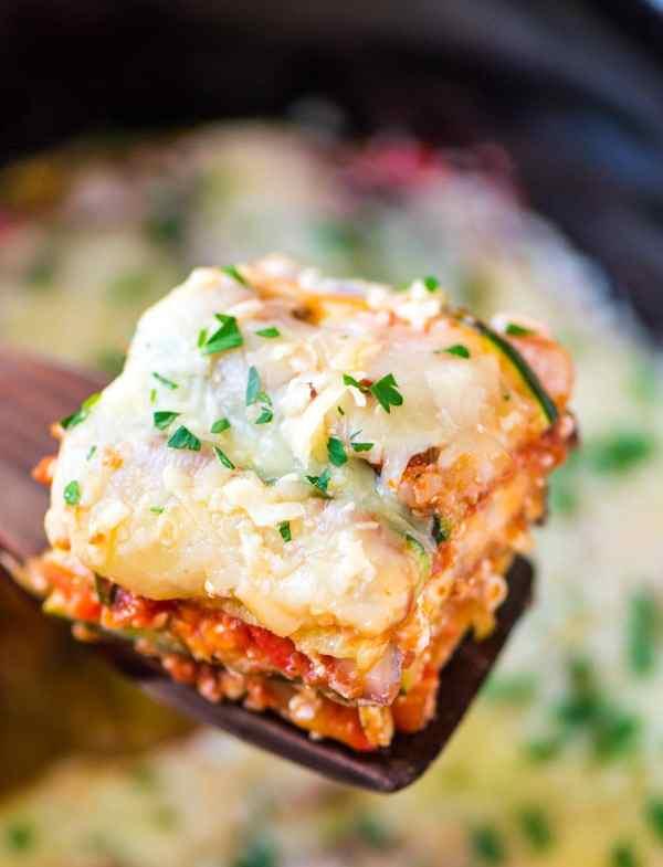 crock-pot-low-carb-lasagna-wellplated