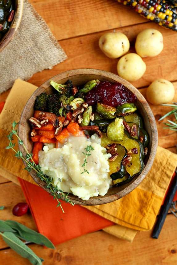 roasted-vegan-thanksgiving-bowl