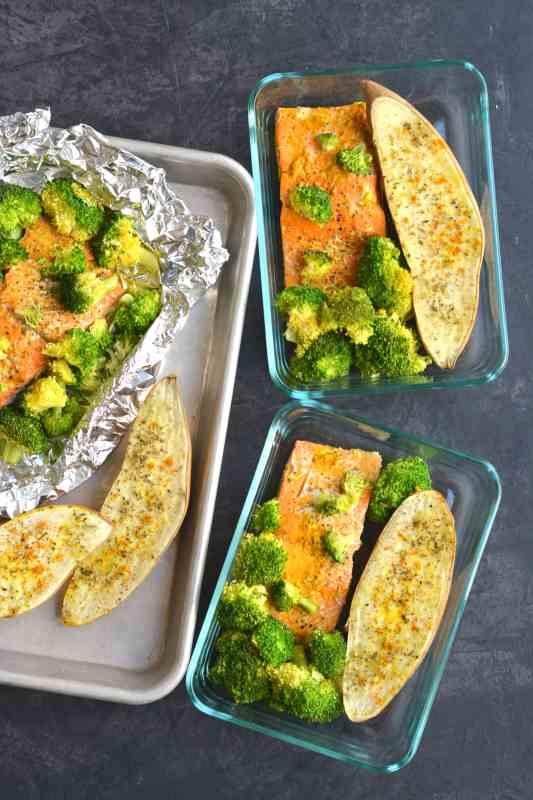 Turmeric Ginger Salmon in Foil Meal Prep