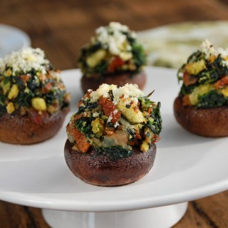 White Cheddar, Bacon and Spinach Stuffed Baby Bellas