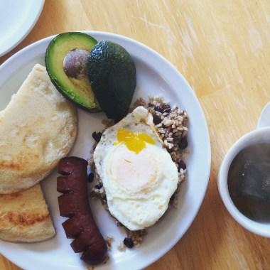 Traditional Colombian breakfast (calentado)