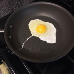 This fried egg looks like a manta ray.