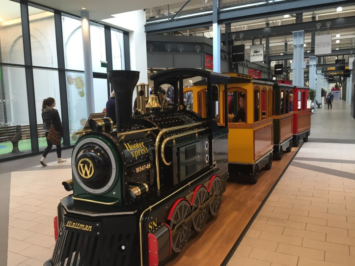 family lifestyle food blogger bristol southwest day out Swindon shopping outlet centre
