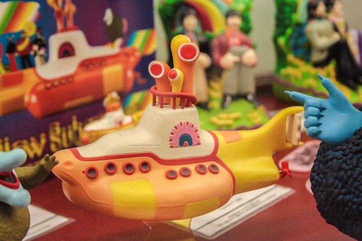 yellow-submarine-921075_1920